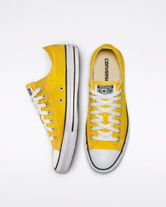Chuck Taylor All Star Seasonal Color Low Top Lemon Chrome Converse All Star, Yellow Converse, Cute Converse, Converse Low Tops, Yellow Shoes, Converse Chuck Taylor All Star, Converse Shoes, Color Yellow, All Star Shoes