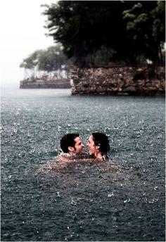 Se mi vedi felicissima è perché sono tra le cose meravigliose: tra l'infinito del mare e la dolcezza dei tuoi occhi...♥