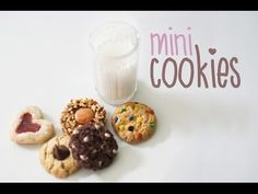 polymer clay, form, desserts, miniatures, how to: mini cookies Fimo Polymer Clay, Polymer Clay Miniatures, Polymer Clay Projects, Polymer Clay Creations, Mini Cookies, Doll Food, Tiny Food, Clay Tutorials, Cookie Tutorials