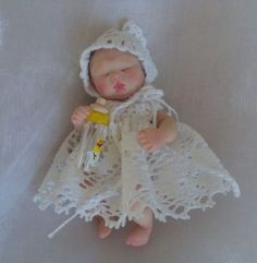 OOAK MINI POSEABLE BABY DOLL HAND SCULPTED BY LIDIA ALBANESE POLYMER CLAY