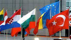 Emekli ve Emeklilik Sorunları Merkezi Antalya, Flag, Country, Outdoor Decor, Den, Turkey, Peru, Rural Area, Science