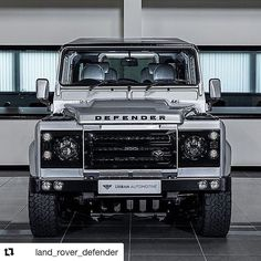 #landroverdefender #landrover #defender #defender90 #defender110 #offroad #4x4 #car #carporn #carlifestyle #carswithoutlimits #madwhips #blacklist #stance #stancenation #carsofinstagram #england #english #explore #icon #auto #automotive