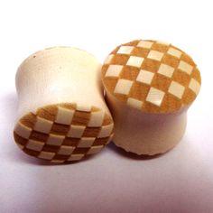 Fancy Checker Board Holly Wooden Plugs g g mm