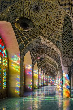 Outer View Of The Mosque Pink Mosque In Iran Iran Pinterest - The mesmerising architecture of iranian mosques