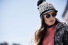 Chervò - Woman golf outfit: Sweater MOLEA 90L, Hat WAYSLEY 61379 09L and Turtleneck TERESA
