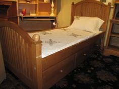 Ethan Allen-Trundle-bed