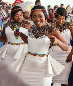 African Print fashion and Accessories for women Latest African beads and accessories for women African Print Wedding Dress, African Bridesmaid Dresses, African Wedding Attire, African Print Dresses, African Print Fashion, African Attire, African Weddings, Nigerian Weddings, African Clothes