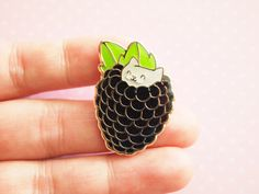 Glitter Blackberry Kitten enamel pin, glitter pin, sparkly kitten, kawaii…