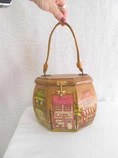 60s Wooden Hexagon Purse / 1960s Town by madisonavenuevintage, $48.00