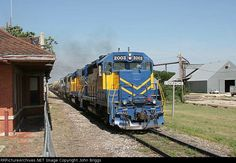FWWR 2003   Description:    Photo Date:  5/26/2006  Location:  Comanche, TX   Author:  John Briggs  Categories:    Locomotives:  FWWR 2003(GP38-3)