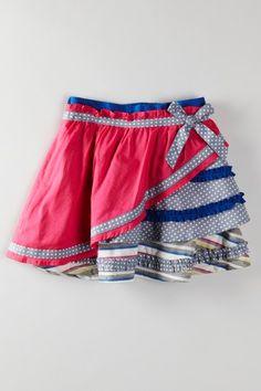 Angled tiered skirt.