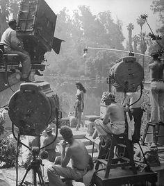 New York Photographie, Movie Camera, Universal Pictures, Film Aesthetic, Scene Photo, Indiana Jones, Vintage Hollywood, Vintage Movies, New Movies