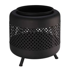 Black metal outdoor fireplace with lace pattern Maisons du Monde - Modern Metal Fire Pit, Gas Fire Pit Table, Concrete Fire Pits, Diy Fire Pit, Fire Pit Backyard, Fire Pit Construction, Fire Pit Swings, Fire Pit Gallery, Portable Fire Pits