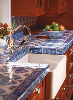 Supreme Kitchen Remodeling Choosing Your New Kitchen Countertops Ideas. Mind Blowing Kitchen Remodeling Choosing Your New Kitchen Countertops Ideas. Kitchen Interior, New Kitchen, Kitchen Wood, Kitchen Counter Tile, Kitchen Paint, Kitchen White, Kitchen Island, Kitchen Country, Kitchen Cabinets