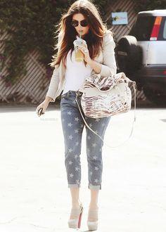 – Khloe Kardashian official web site
