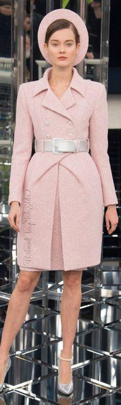 Regilla ⚜ Chanel, Spring 2017 Couture
