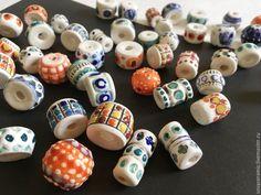 Купить БУСИНЫ керамические большие , средние, малые в интернет магазине на Ярмарке Мастеров