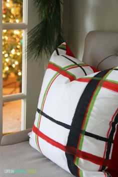 DIY Plaid Brushstroke Pillows