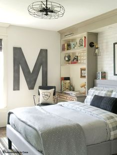 03 industrial vintage teen boy bedroom with a gorgeous comfy bed and a soft  headboard - DigsDigs - Home Decor