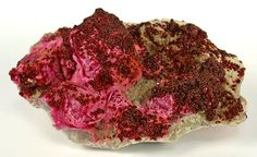 Spherocobaltite on Calcite