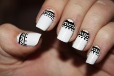 love this black and white design