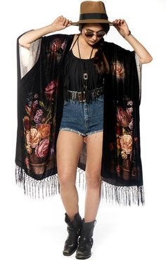Black Springs Velvet Kimono - Saltwater Gypsy #saltwatergypsy #kimono