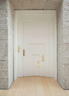 Alice in Wonderland Doorway .by Armin Blasbichler Studio. Photo by Ingrid Heis. Armin, Inside Doors, Cool Doors, Unique Doors, Log Cabin Homes, My New Room, Windows And Doors, Front Doors, Doorway