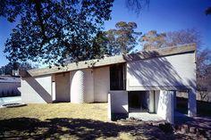 Modern House: Gissing House by Harry Seidler