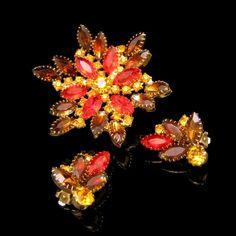 Red Orange Rhinestones Vintage Brooch Pin by MyClassicJewelry