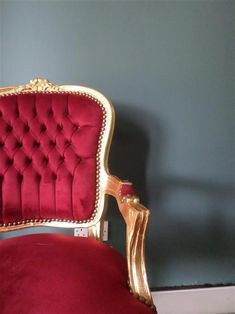 An inspirational image from Farrow & Ball - Red Velvet and Gold Louis chair against Inchyra Blue paint. Red Velvet Chair, Velvet Color, Farrow Ball, Inchyra Blue Farrow, Color Feel, Gold Wallpaper, Red Interiors, Traditional Decor, Colour Schemes