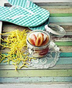 Kesämisu // summer & Fruity Tiramisu Food & Style Elina Jyväs, Baking Instinct Photo Reetta Pasanen www.maku.fi