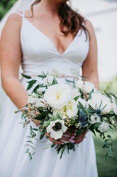 Boho Meets Modern in this North Georgia White Barn Wedding | The Perfect Palette Creative Wedding Inspiration, White Barn, Shades Of Blue, Wedding Colors, Real Weddings, Georgia, Wedding Day, Palette, Boho