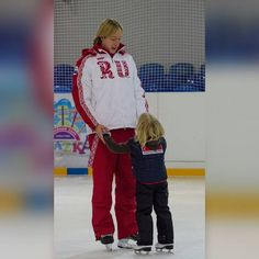 """Plushenko News_Engさんのツイート: """"Dad and son ! ❤️❤️❤️🌹@EvgeniPlushenko and @gnomgnomych -- Thank you photo and video snap by @anais167 @SvetaPoln https://t.co/vZU0kJDBAF"""""""