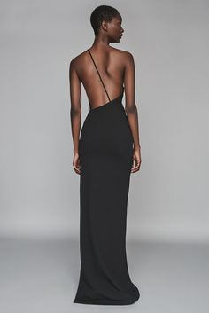 A one-shoulder maxi dress with thigh high split detail and an asymmetric neckline. Look Fashion, Runway Fashion, High Fashion, Fashion Design, 80s Fashion, Grunge Fashion, Elegant Dresses, Beautiful Dresses, Mode Inspiration
