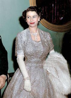 Новое платье королевы (2): agritura