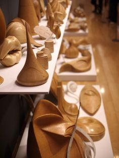Philip Treacy Hat Molds I love this so much.