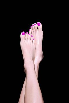 These are the most beautiful feet! Sexy Nails, Sexy Toes, Toe Nails, Cute Toes, Pretty Toes, Hand Makeup, Toe Polish, Pink Toes, Painted Toes
