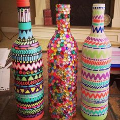 20 Most Popular DIY Ideas   Inspired Snaps --- not so flashy for centerpieces