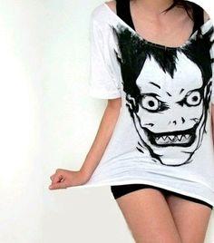Yo quiero esa camisa..... LOVE RIUK! (: