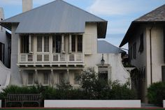 Rosemary Beach House via Vreeland Road (Mcalpine Tankersley Architecture). Classical Architecture, Architecture Details, Facade Design, Exterior Design, Cottage Design, House Design, Hip Roof, Waterfront Homes, Classic House