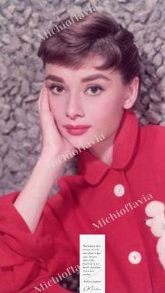 Audrey Hepburn 你真美。あなたはとても美しいです。by Michioflavia