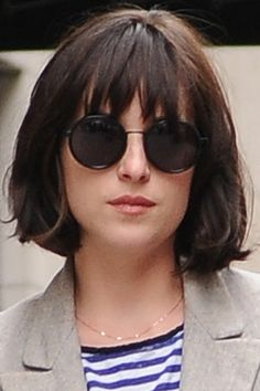 Dakota Johnson Shows Off A Chin-Length Bob While Out In New York, 2015