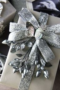 108 Best Lovely Gift Wrapping images | Xmas gifts, Christmas ...