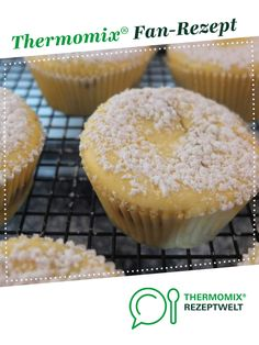 Fast Cheesecake Muffins – for cheesecake lovers from Schirmle. A therm … Fast Cheesecake Muffins - for cheesecake lovers from Schirmle. A Thermomix ® recipe from the Baking Sweet category www.de, the Thermomix® Community. Easy Cheesecake Recipes, Cupcake Recipes, Baking Recipes, Dessert Recipes, Fall Desserts, No Bake Desserts, Pumpkin Spice Cupcakes, Food Cakes, Ice Cream Recipes