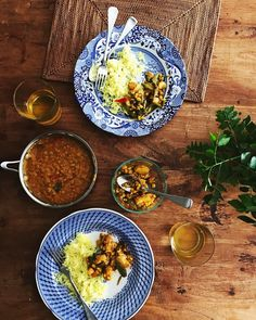 Lunch bliss. Happy Friday   #spicemama #indian #indianfood #homecooking #feedfeed #f52grams #onthetable #indianfoodbloggers #perthfood #perthfoodie #foodvsco #huffposttaste #saveur #food #heresmyfood #theartofslowliving #thehappynow #momentslikethese #beautifulcuisines #flashesofdelight #gloobyfood #flatlayforever