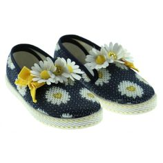 Monnalisa Girl's Blue and White Daisy Print Canvas Shoes. Available now at www.chocolateclothing.co.uk #childrenswear #minifashion #Monnalisa #chocolateclothing