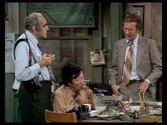 Barney Miller - Landesberg, Vigoda and Soo talk doughnuts Abe Vigoda, Barney Miller, Classic Comedies, Comedy Show, Great Tv Shows, Me Tv, The Godfather, The Good Old Days, Favorite Tv Shows
