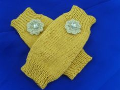 Fingerless gloves gold metallic ladies gloves by Clematiscrafts, £6.00