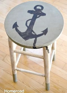 Painted stool makeover with an anchor.... and other painted chairs: http://www.completely-coastal.com/2013/07/painted-beach-art-chairs.html