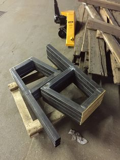 Welding Table Diy, Welding Tools, Metal Welding, Welding Cart Plans, Welding Bench, Diy Tools, Industrial Bench, Industrial Style, Metal Projects